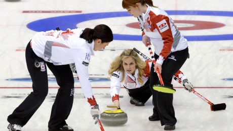 Jennifer Jones wins opener at world championship in Japan