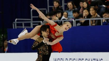 Canada's Weaver & Poje get bronze in ice dance