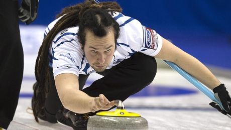 Long dreads, crazy pants… Is this really curling?