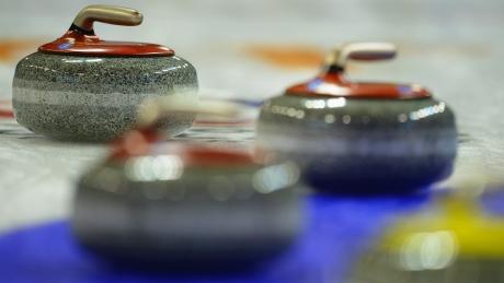 Nova Scotia, Manitoba claim Canadian junior curling titles