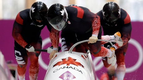 Lumsden, Wright give boost to Canadian men's bobsleigh team