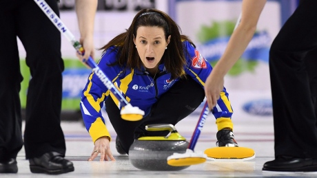 Heather Nedohin steps in for injured Kleibrink at Hearts