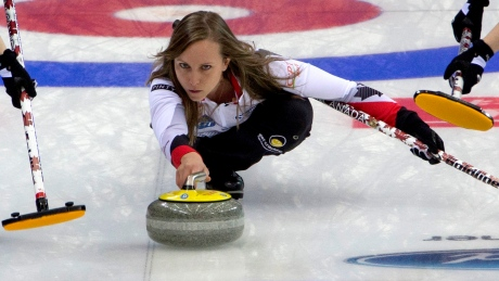 Rachel Homan is perfect through 10 at curling worlds