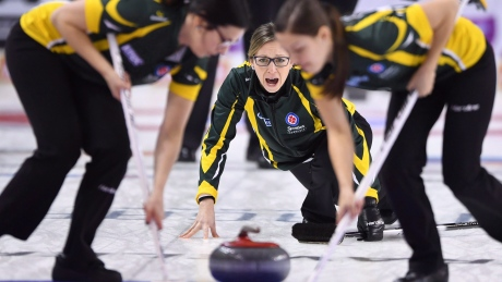 Krista McCarville books ticket to Olympic curling trials