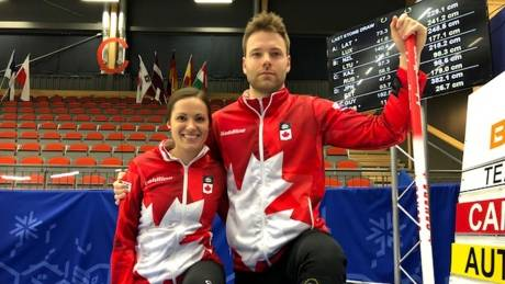 Canadian curlers honour Humboldt at mixed doubles worlds