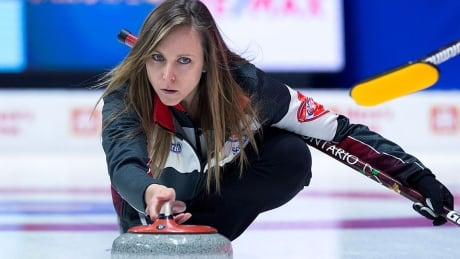 'We're doing all the right things': Homan, Courtney curling while pregnant at Scotties
