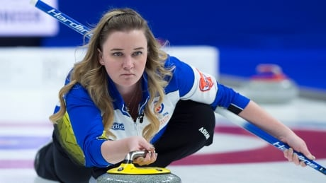 Canada's Chelsea Carey picks up 1st win at women's curling worlds
