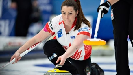 Canada tied for 9th at women's curling worlds after 2 more losses