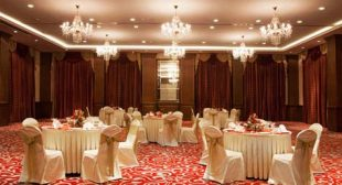 Which one is the best hotel in Vadodara?